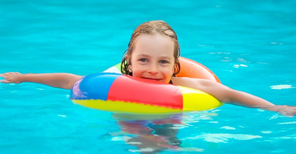 swimming-benefits-kids-summer-activity